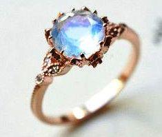 кольцо лунный камень фото