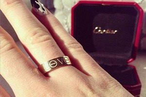 кольца картье love