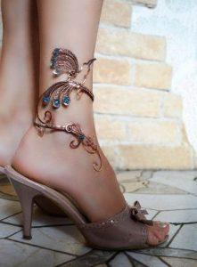 браслет на ногу фото