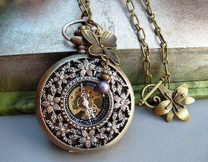 часы кулон скелетон