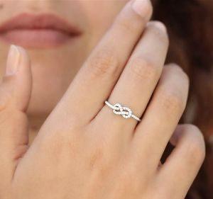 бесконечность кольцо