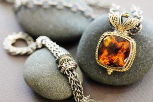 как носят серебряные украшения